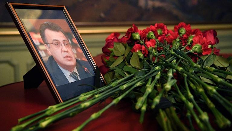 Rysslands ambassadör sköts till döds i Ankara.