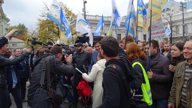 Mikheil Saakhasvili expresident från Georgien, som nu leder en ny oppositionsrörelse i Ukraina kom till Kiev idag.