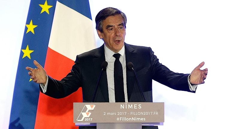 Den franska högerns presidentkandidat François Fillon