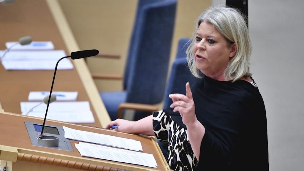 Riksdagsledamoten Camilla Waltersson Grönvall (M) i riksdagen.