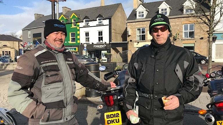 Nordirländarna Jim Mullan och John McGanley är oroliga för att deras söndagsresor till Irland ska bli krångligare efter brexit.