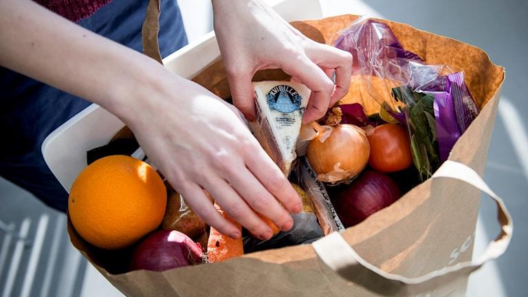 Nu syns en attitydförändring hos de kunder som handlar mat på nätet.