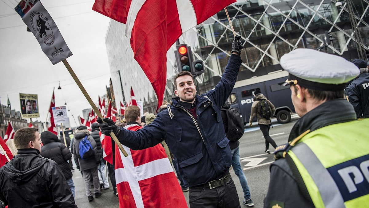 Arkivbild från ett anti islam demonstration i Danmark.