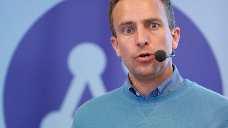 Tomas Tobé (M) talar under Moderaternas valupptakt inför EU-valet.