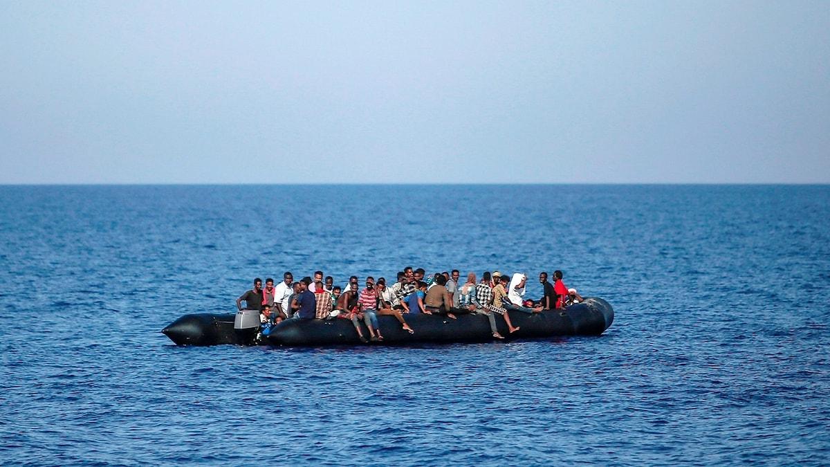 Migranter på medelhavet.