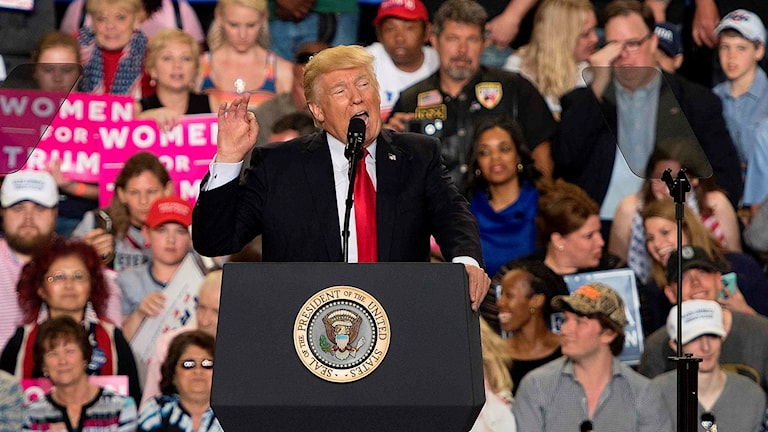 Trump i talarstolen