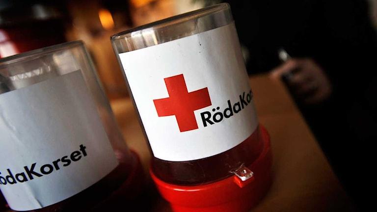 Röda Korsets insamlingsbössor. Foto: Yvonne Åsell/Scanpix.
