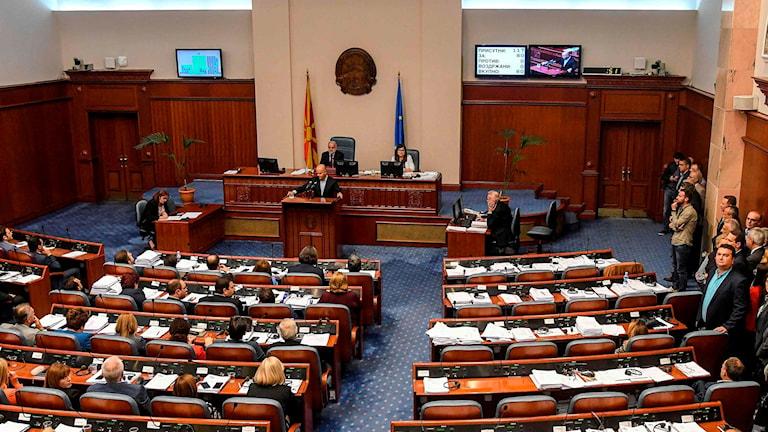 Omröstningen i Makedoniens parlament.