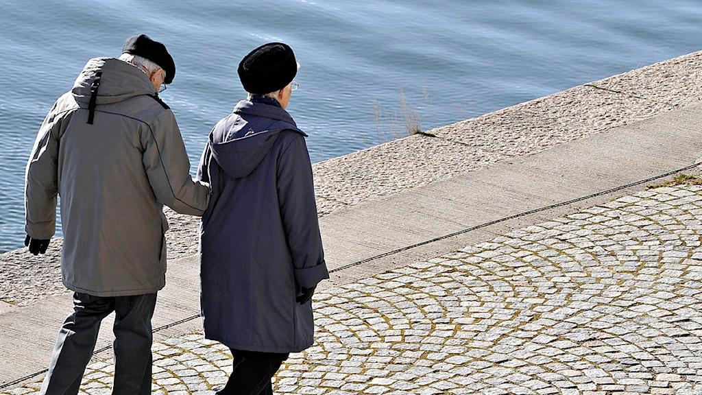 Äldre par. Foto: Hasse Holmberg /Scanpix.