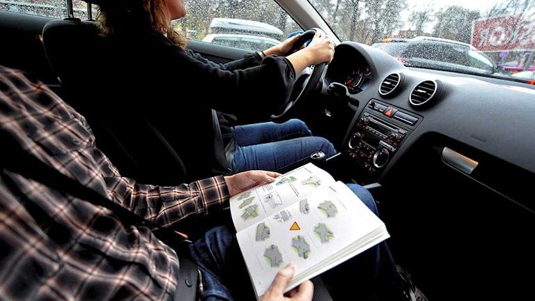 Övningskörning på körskola. Foto: Bertil Ericson/Scanpix