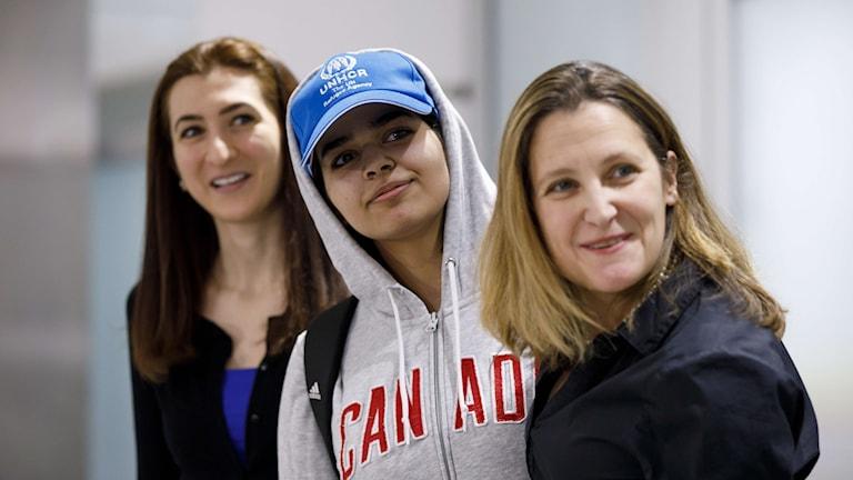 18-åriga Rahaf Mohammed al-Qunun togs emot av utrikesminister Chrystia Freeland.