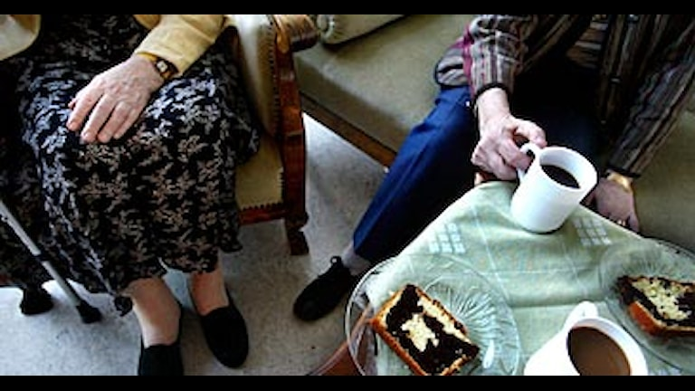 Gamla på äldreboende. Arkivfoto: Jessica Gow/Scanpix.