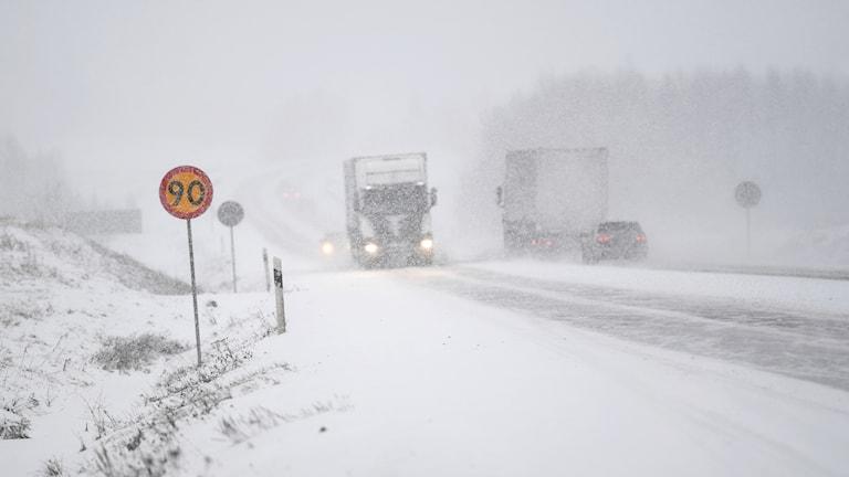 snöoväder trafik e4