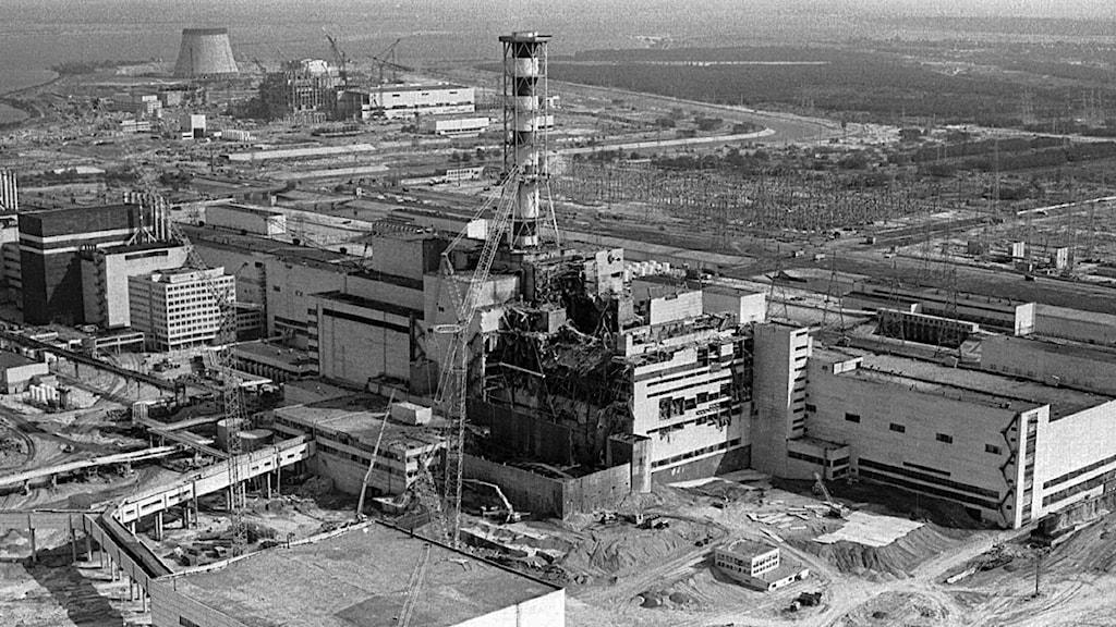 Flygfoto över kärnkraftverket i Tjernobyl 1986 efter olyckan. Foto: Volodymyr Repik/Scanpix.