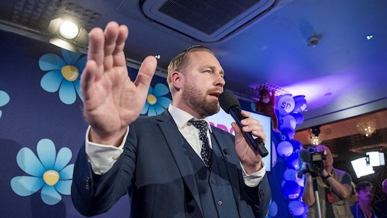 Mattias Karlsson (SD) under partiets valvaka.