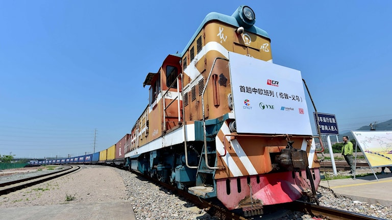 Tåget som går mellan London och Kina är 33 vagnar långt.