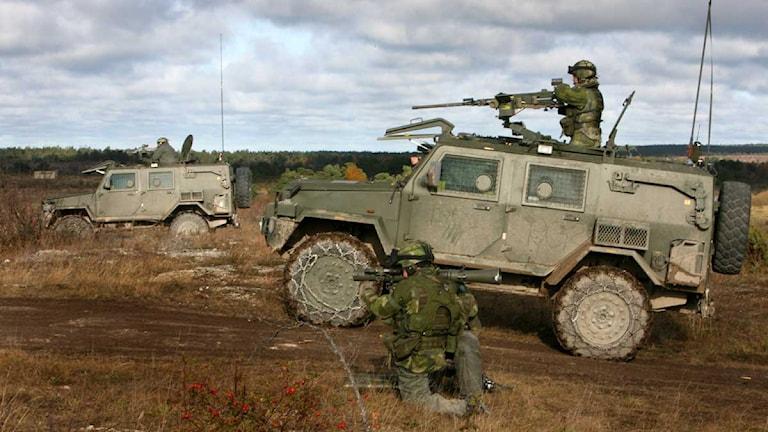 Militärer övar på på Tofta skjutfält på Gotland. Foto: Tobias Wallström/TT