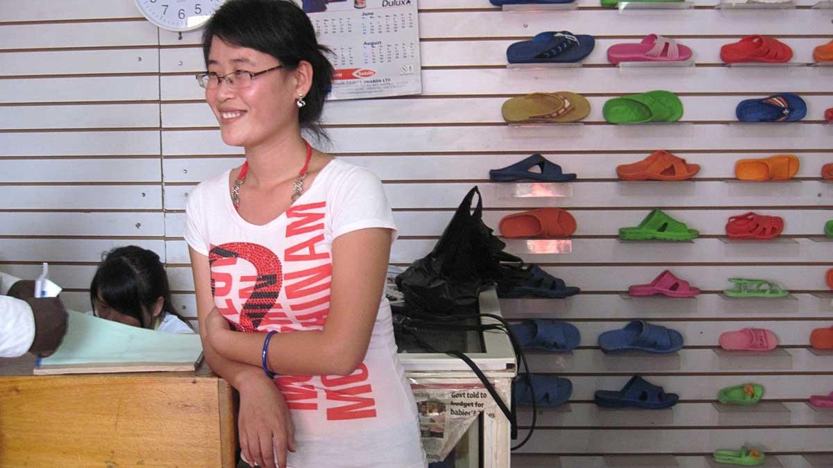 Kinesisk affär i Kampala, Uganda. Foto: Maria Sjöqvist/Sveriges Radio.