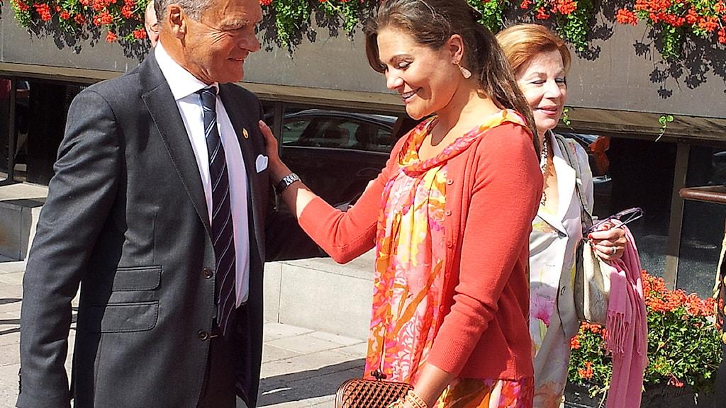 Kronprinsessan Victoria och Ulf Dinkelspiel. Foto: Bengt Hansell/Sveriges Radio.
