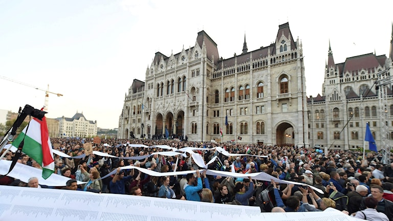Det Centraleuropeiska universitetet flyttar från Ungern
