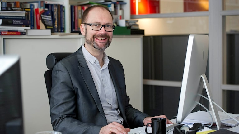 Professor Per Strömberg på Handelshögskolan i Stockholm.