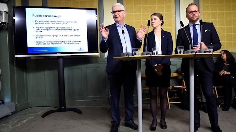 Public service-kommitén presenterar sitt förslag.