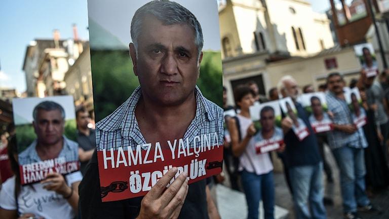 Demonstration för Hamza Yalcin. Foto: Ozan Kose/TT.
