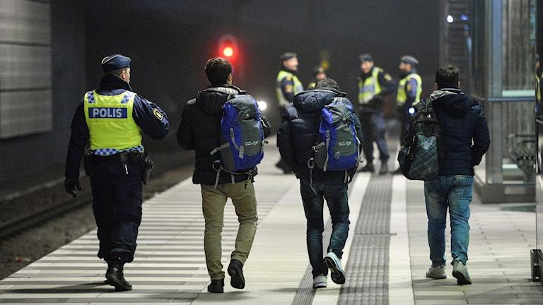 Asylsökande på tågstation i Malmö