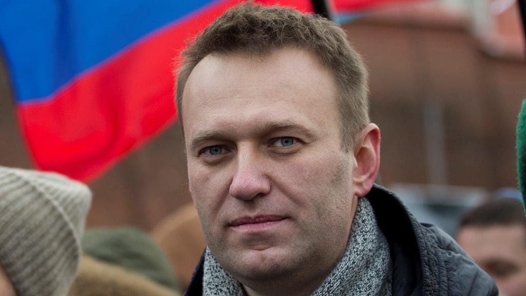 Aleksej Navalny gripen under protester i Moskva.