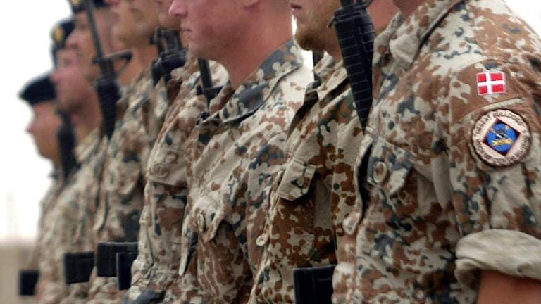 Militärer med dansk flagga på uniformen. Foto: Essam Al-Sudani/Scanpix.