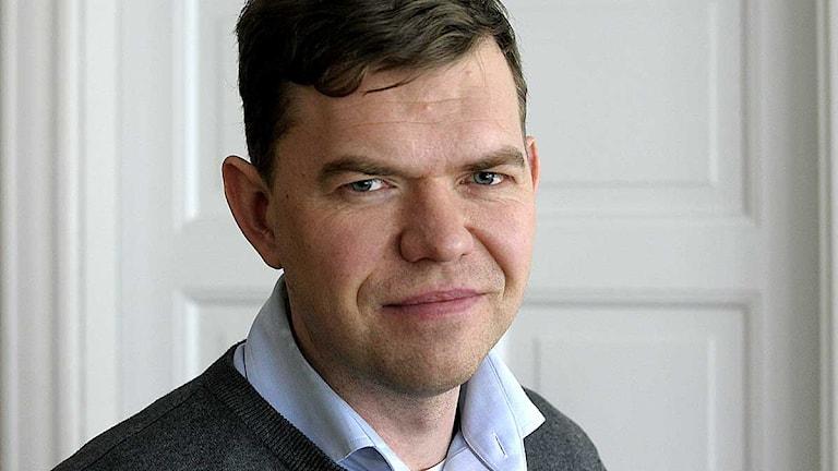Aron Etzler, xoghayaha Vänsterpartiet. Foto: Janerik Henriksson / SCANPIX.