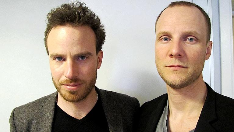 Reportrarna Daniel Öhman och Bo-Göran Bodin. Foto: Maria Aros / Sveriges Radio.