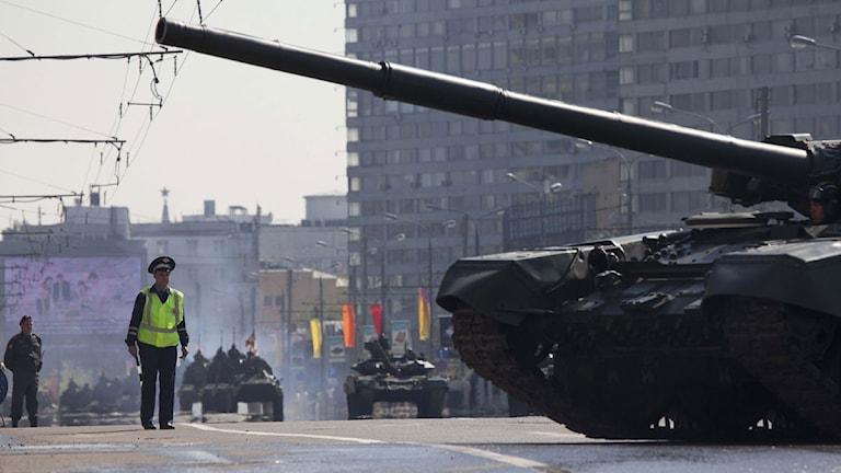 Rysk militär övar inför Segerdagen. Foto: Alexander Zemlianichenko/Scanpix.