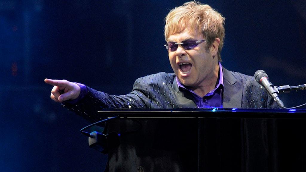 Elton John spelade i Kiev under fotbolls-EM. Foto: Sergei Chuzavkov/Scanpix