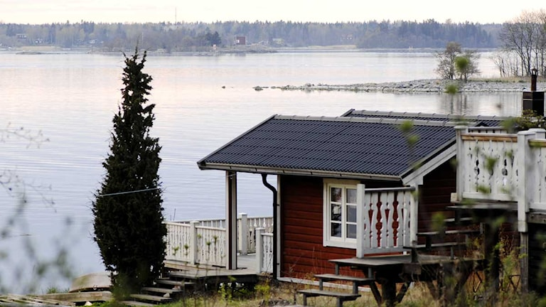 En liten stuga i Stockholms skärgård. Foto: Hasse Holmberg/Scanpix.
