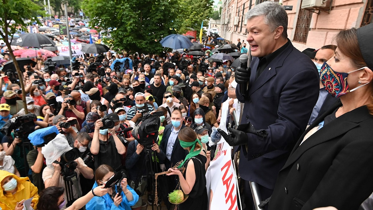 UKRAINE-POLITICS