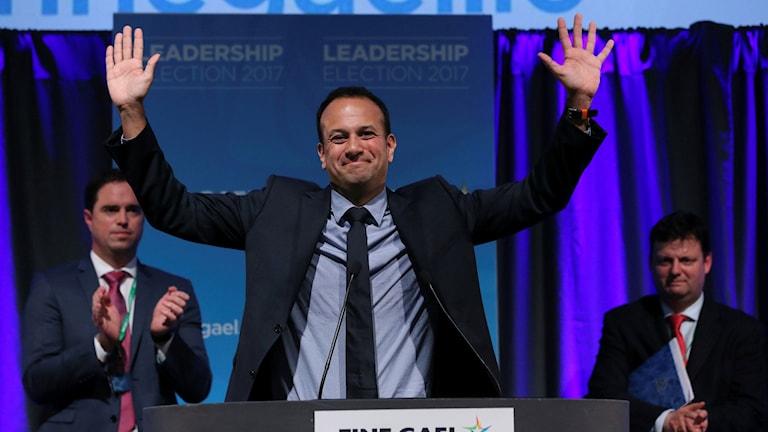 Leo Varadkar har valts till partiledare för konservativa parti Fine Gael.
