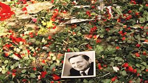 Platsen där Olof Palme mördades, tre dagar efter mordet. Foto: Rolf Hamilton/Scanpix