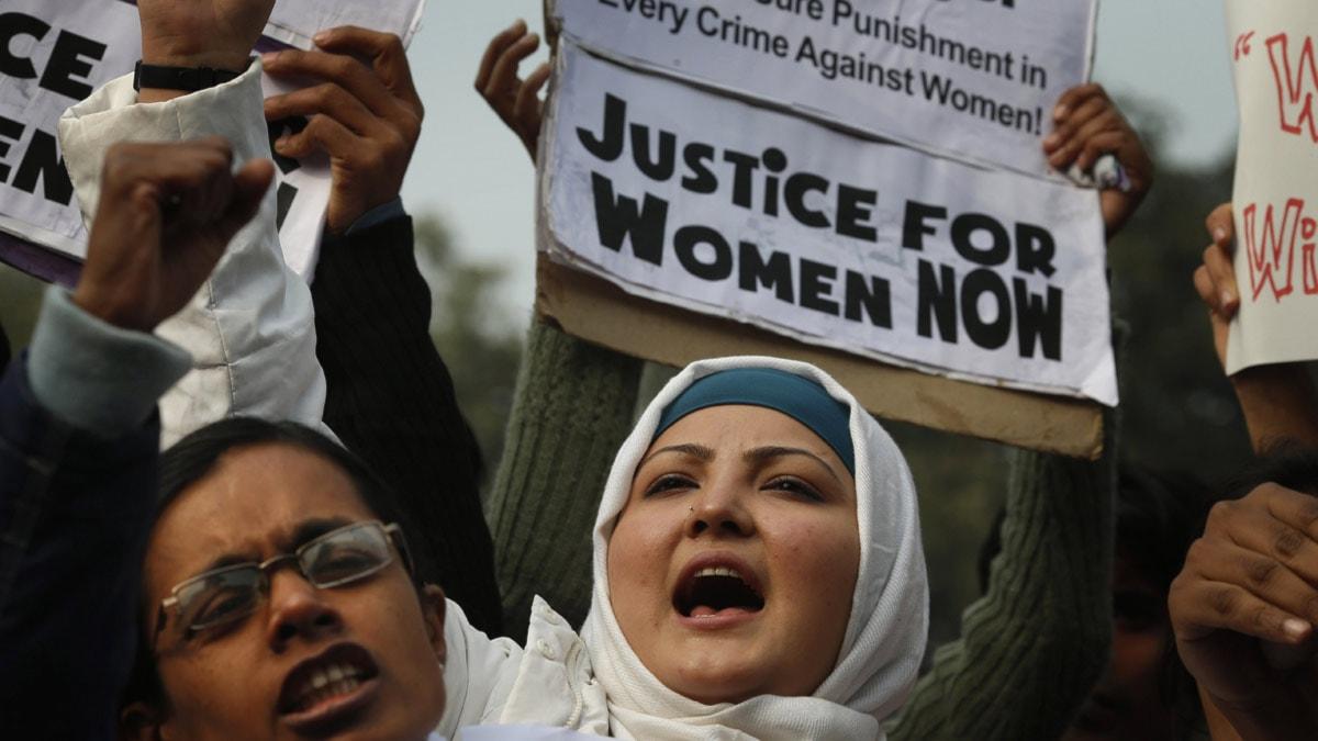 Protester i Indien efter den brutala gruppvåldtäkten i New Dehli. Foto: Saurabh Das/Scanpix