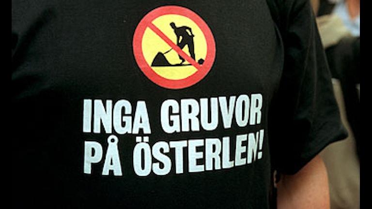 Protesttröja mot gruvor på Österlen från 1999. Arkivbild. Foto:Rolf Höjer/Scanpix