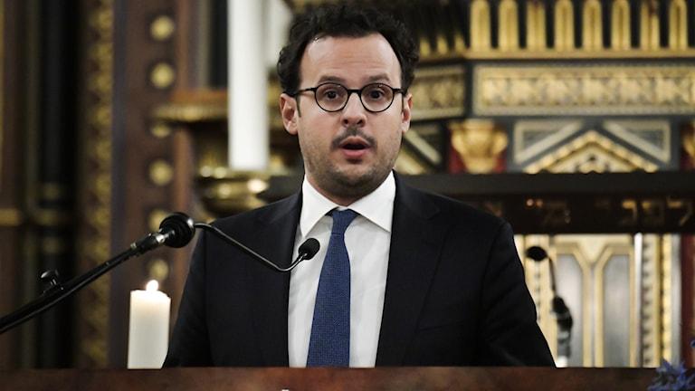 Judiska församlingens ordförande  Aron Verständig.
