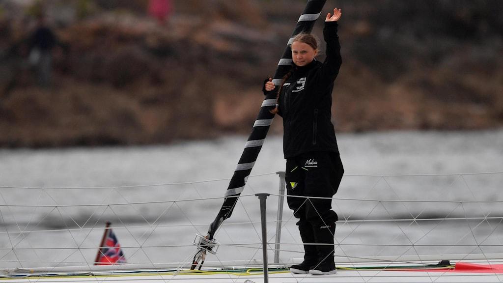 Greta Thunberg ombord på båten.