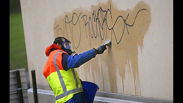 Klottersanering. Foto: Fredrik Sandberg/Scanpix