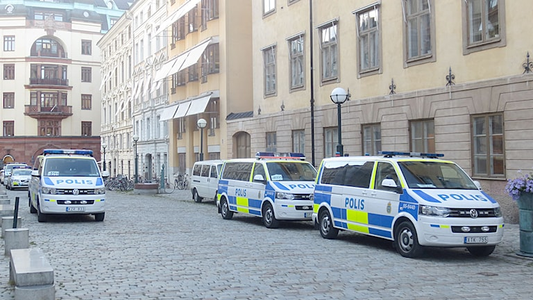 Polisnärvaron i Stockholm är hög. Foto: Mikael Kulle/Sveriges Radio.