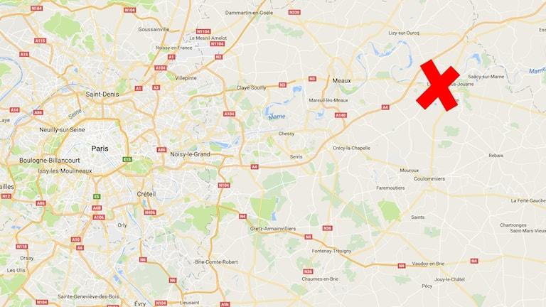 en karta med rött kryss.