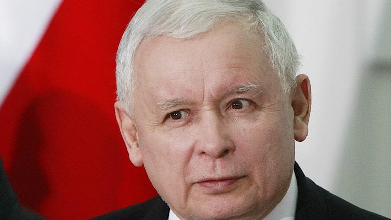Poträttbild på Jaroslaw Kaczynski, partiledare i PiS