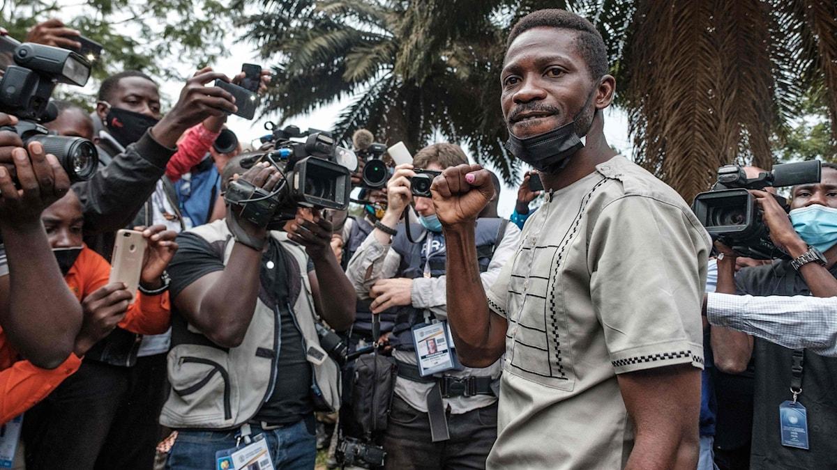 Politikern Robert Kyagulanyi, känd som Bobi Wine