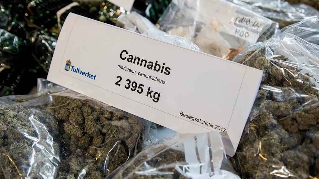 Påsar med cannabis