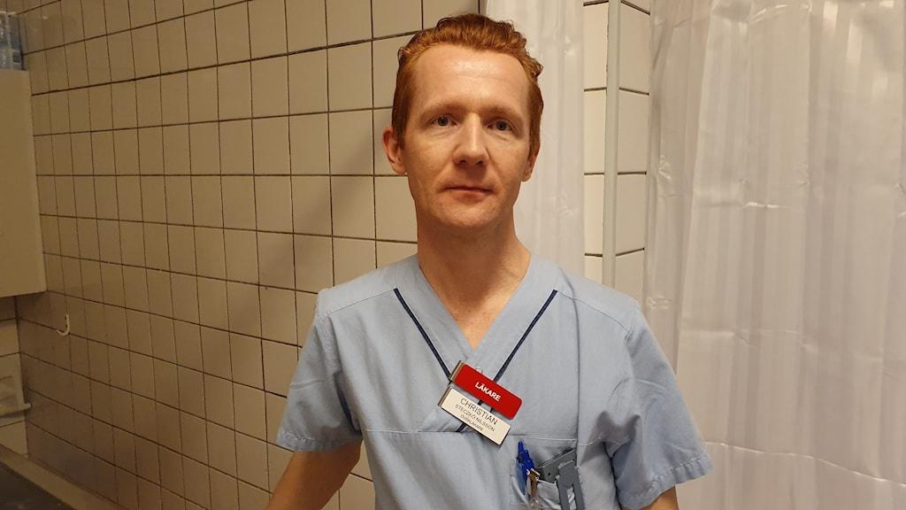 Christian Steczkó Nilsson, överläkare på Hudkliniken på universitetssjukhuset Örebro
