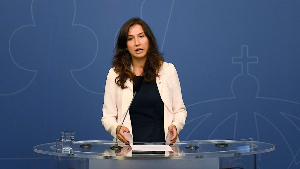 Aida Hadzialic avår efter hon har fastnat i en alkoholkontroll
